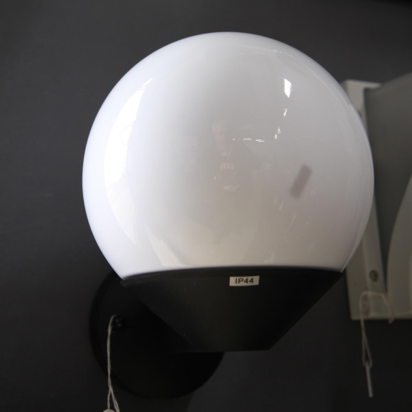 EG91657-1